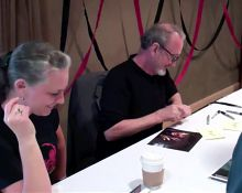 Freddy Krueger - Robert Englund signs Cocks & Boobs