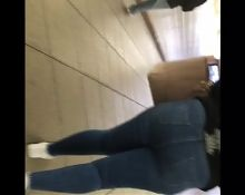 Teen with a thick booty walking in Jeans