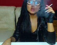 Raven Haired Euro Babe Smoking On Cam